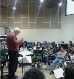 ENSAYO CON EL MAESTRO COMPOSITOR Y DIRECTOR ABEL MORENO